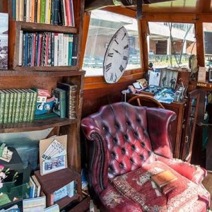London's Floating Bookshop is the Window to a Utopian Literary Experience